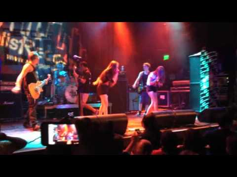 Madison Marie and Mackenzie Paige (MadNMack) Live at House Of Blues Anaheim