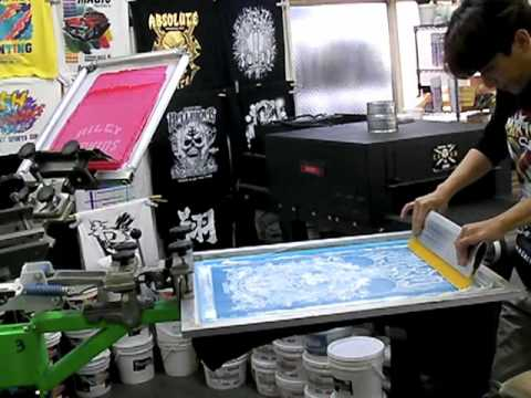 HOW TO SCREEN PRINT - Riley Hopkins