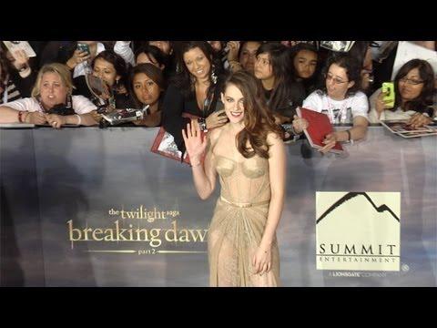 """Kristen Stewart TWILIGHT """"Breaking Dawn Part 2"""" Premiere ARRIVALS"""
