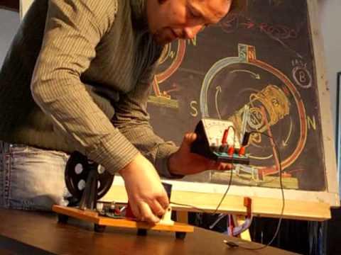 esperimenti di fisica - produrre corrente alternata e continua con un motore elettrico