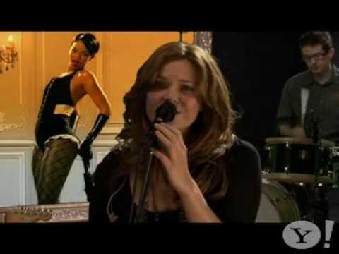 Mandy Moore - Umbrella