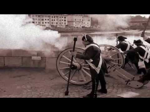 Peter Tchaikovsky 1812 Overture (real cannons)