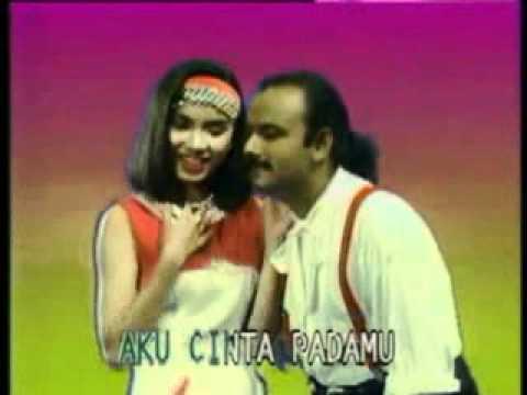 Cinta Dibalas Cinta (Feat. Murni Chania)