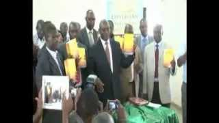 Ekegusii dictionary and std four social studies book launch by Governor