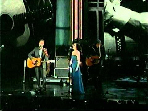 Jim Cuddy-Sara Slean sing If You Could Read My Mind by Gordon Lightfoot-2011 JUNO awards