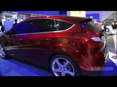 2012 Ford Focus Auto Show Video - Kelley Blue Book
