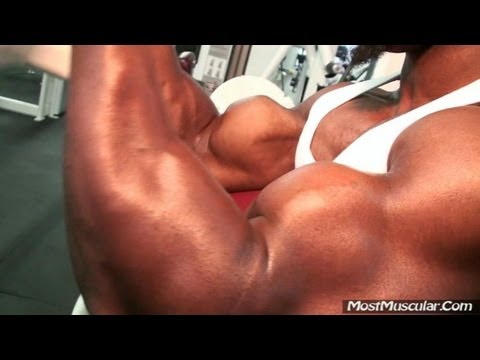 Bodybuilder muscle video: July 2012 bodybuilding clips - MostMuscular.Com ULTRA Plus