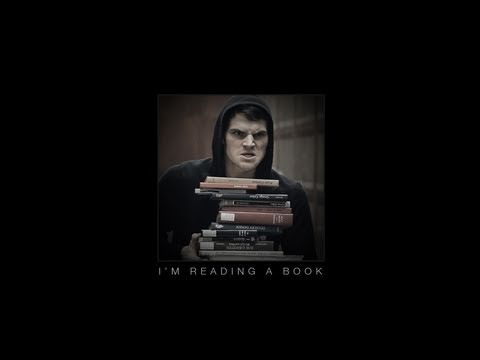 JULIAN SMITH - I-m Reading a Book