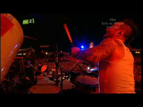 The Prodigy - Omen (live @ Isle of Wight 09)