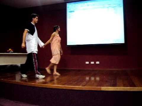 Jogos da Grécia - PUCPR 2010 - Educação Física Bacharelado (Part 1)