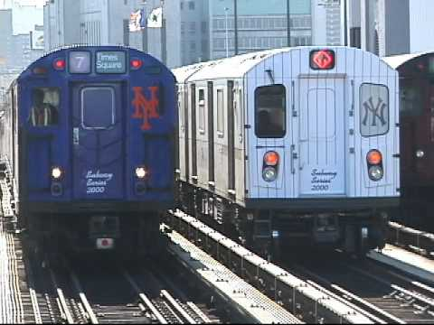 "THE ""SUBWAY SERIES 2000"" TRAINS @ 161 St."
