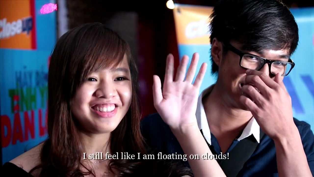 Tỏ Tình Lãng Mạn Tại Rạp Phim - Most romantic proposal at the cinema