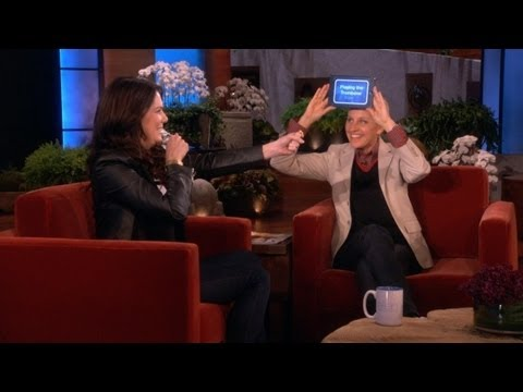 Lauren Graham and Ellen Play 'Heads Up!'