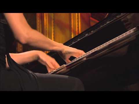 SCRIABIN: 2 Poèmes, op.32 ii. Allegro, con eleganza, con fiducia - Valentina Lisitsa