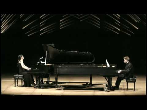 PARANOID ANDROID: Anderson & Roe Piano Duo
