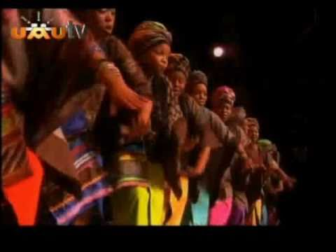 Soweto Gospel Choir - Jikela Emaweni and Vuma