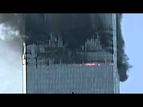 9/11 WTC North Tower collapse by Etienne Sauret. Visible shaking 12 seconds before collapse