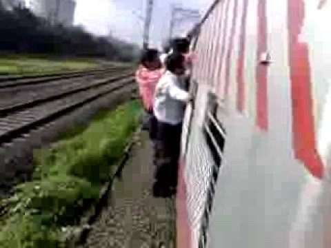 a mumbai local train accident