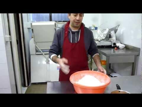 Crema Pasticcera - Ricette dolci - Come Preparare la Crema - Video Tutorial