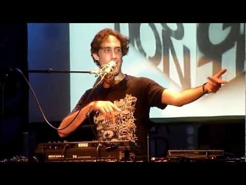 BeardyMan - Hip Hop About Mexican Food/Electro Opera About Narcotics (Live in Montreal)