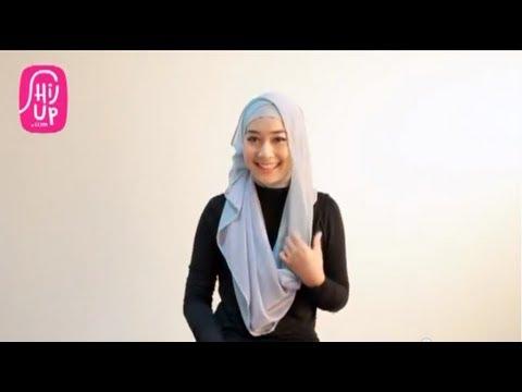 Hijab Style Tutorial 18 by HijUp.com
