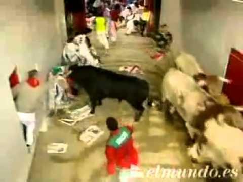 Encierro de San Fermín 12 de julio de 2004 360p