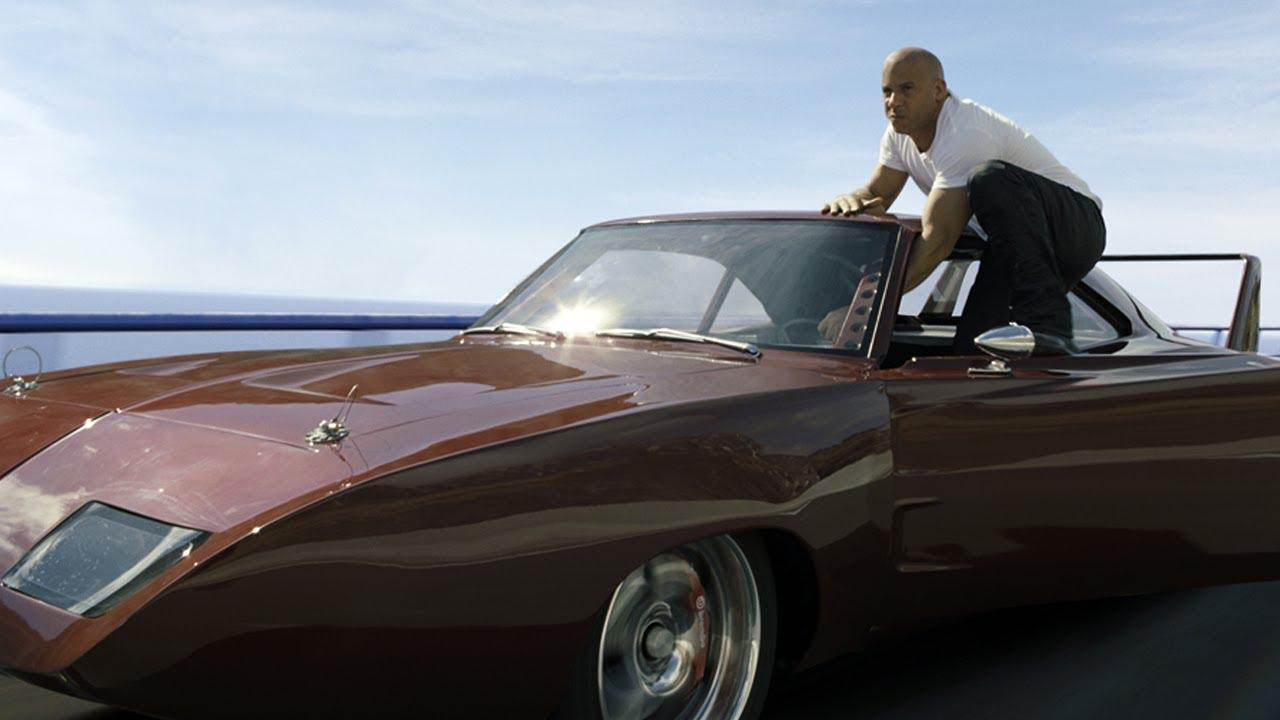 """AKSI BALAP MOBIL YANG SERU DAN MENEGANGKAN DI """"Fast & Furious 6?. fILM YANG LAYAK DITUNGGU 17 MEI MENDATANG. WOW NYA DUONK..."""