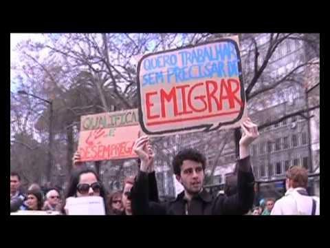 ESQUERDA.NET | Emigra tu, Passos Coelho.