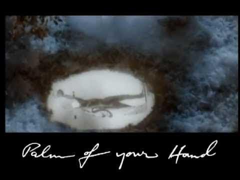 Queen - A Winter's Tale (Official Video) - UCiMhD4jzUqG-IgPzUmmytRQ