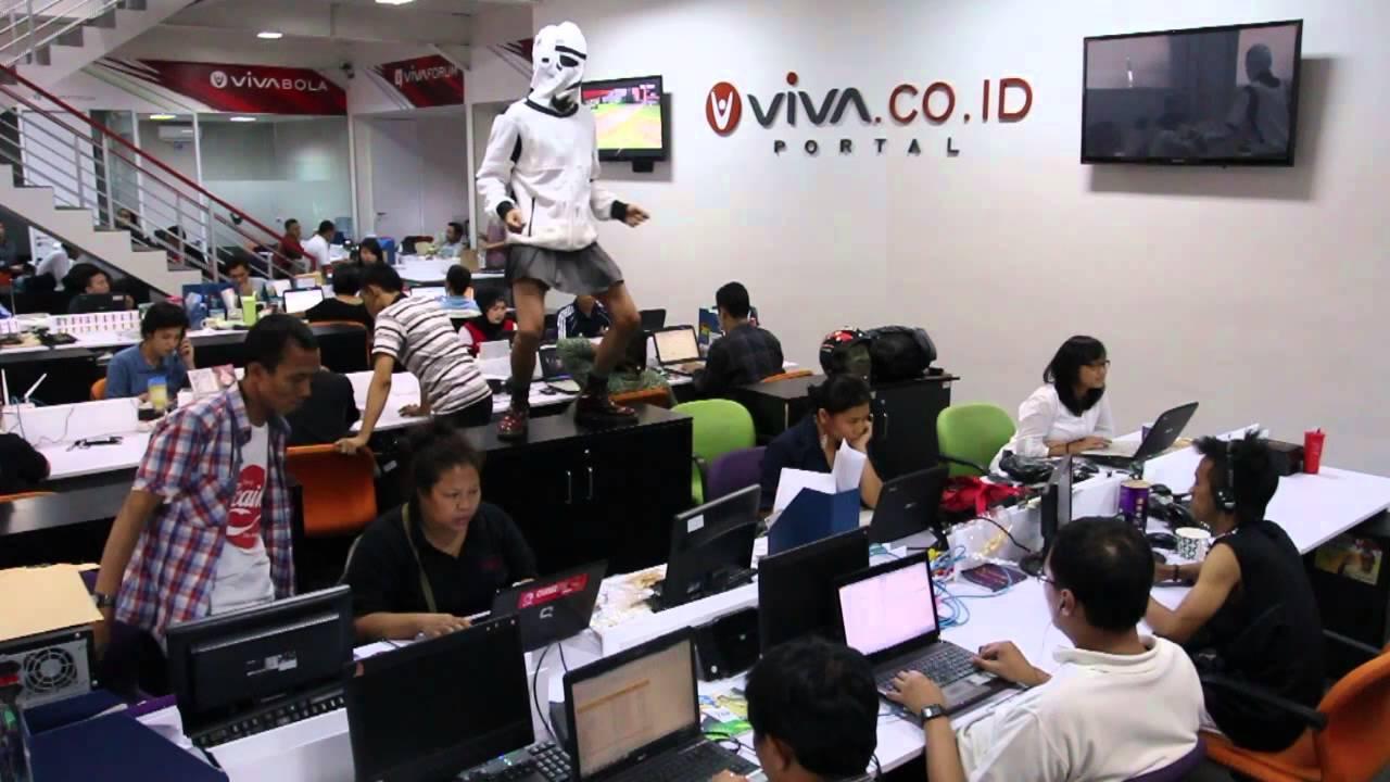 Baru dapat video baru nih.. :) Halem shake ala karyawan viva.co.id