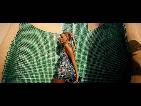 Darius & Finlay Feat. Nicco - Hold On (Official Video HD)