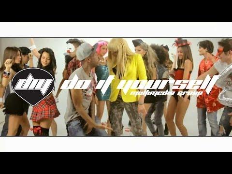 A-ROMA feat. PITBULL, R.J. & PLAY-N-SKILLZ - 100% Freaky