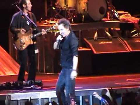 Bruce Springsteen - Tenth Avenue Freeze-Out (28-11-2007)