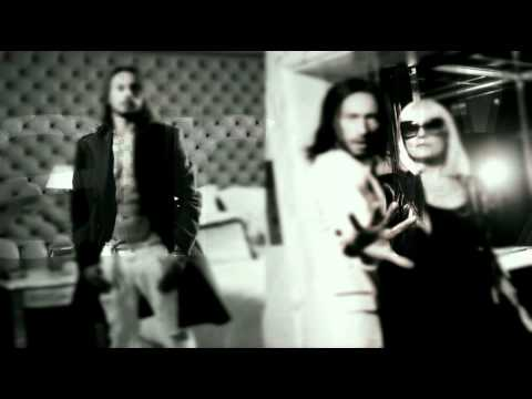 Bob Sinclar feat. Raffaella Carra' / Far'l Amore (preview 2011)
