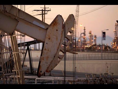 Game of Oil: US companies losing price war as massive job cuts hit industry