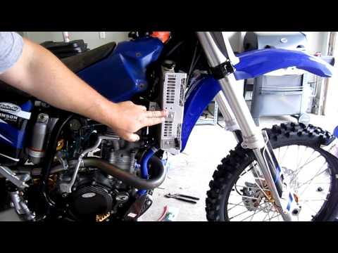 Part 75: Installing Yamaha OEM radiator shrouds (plastics). YZ250F example.