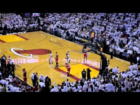 Standing Ovation For Return Of Udonis Haslem - Miami Heat vs Chicago Bulls NBA ECF Game 3
