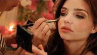 Victoria's Secret Bombshell Beauty Tips