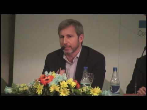 <b>Foro anual empresario.</b> Rogelio Frigerio en el Foro del Consejo Empresario de Entre Rios
