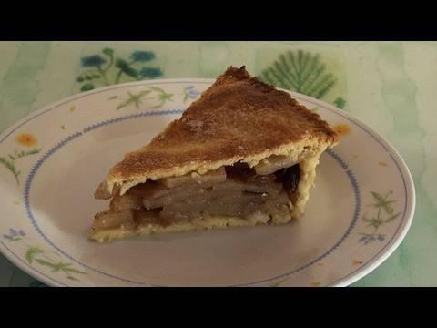 Traditional British Apple Pie Recipe