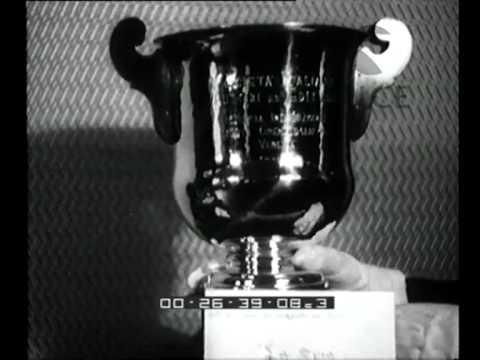 Premiazione alla III Mostra d'Arte Cinamatografica, Le Coppe del duce sono state assegnate dal