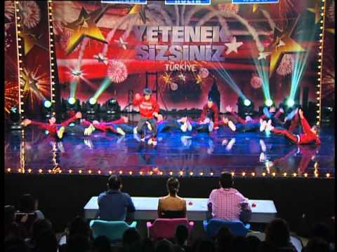 Yetenek Sizsiniz Türkiye - Znz Dans Grubu 22 02 2012