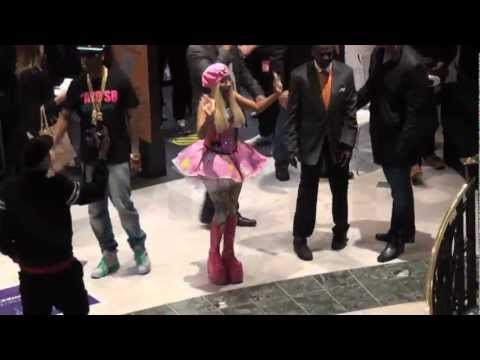 nicki minaj signing at Whiteley's HMV 19 04 2012