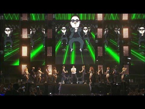 PSY - GANGNAM STYLE (강남스타일) @ Seoul Plaza Live Concert