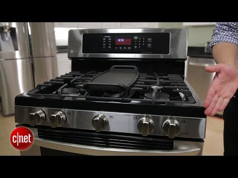 LG's elegant gas range sure takes its sweet time to cook