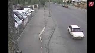 Пьяная девушка на BMW X5 лоб в лоб столкнулась с грузовиком