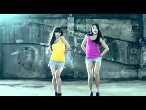 SEXY KOREAN MUSIC VIDEO: SISTAR19 - MA BOY