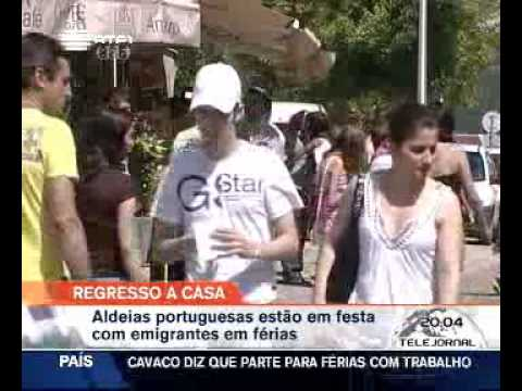 Milhares de emigrantes regressam para férias a Portugal (agosto 2009)