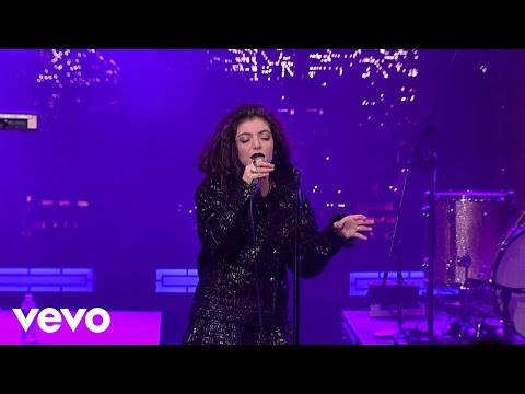 Buzzcut Season (Live on Letterman)
