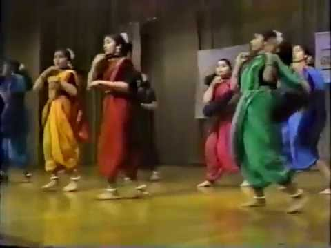 ME KOHLAPUR SE AAYI - Indian Folk Dance 1994